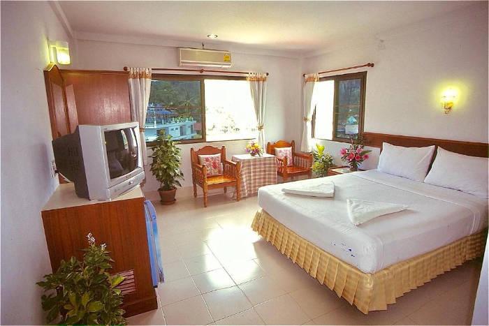 Afbeelding van de binnenkant van een kamer in het J mansion in Ao Nang Krabi