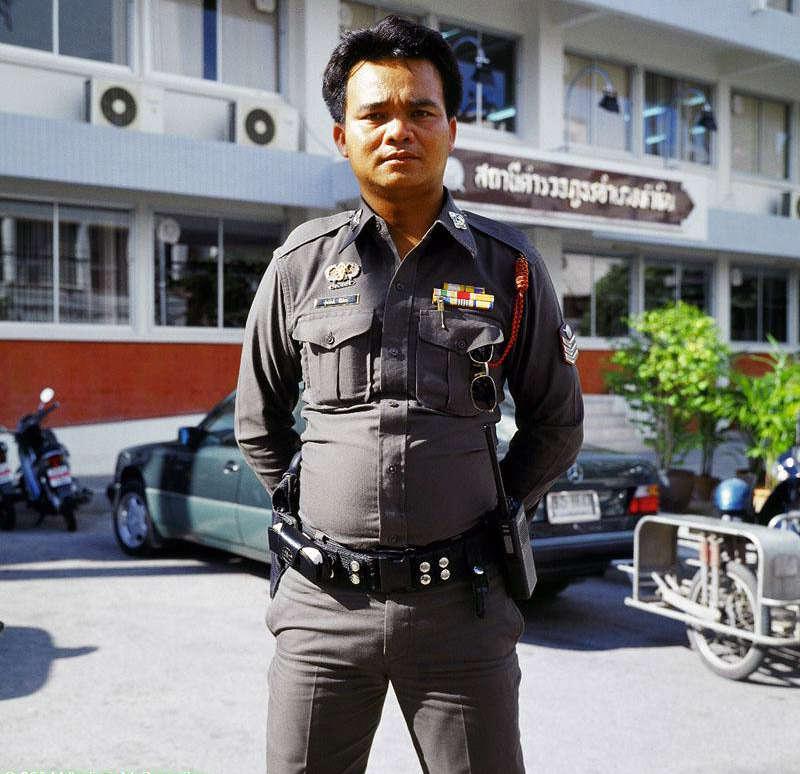 Een foto genomen van een Thaise politie agent.