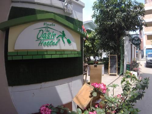 foto van de voorgevel van een backpakcerhostel in Thailand