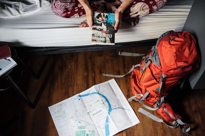 Afbeelding van een beginnende backpacker die voor het eerst door Thailand gaat reizen.