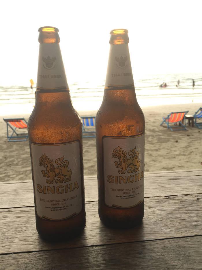 Afbeelding van Singha bier in Thailand.