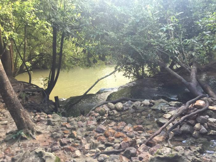 Foto van de omgeving van de Krabi hotsprings.