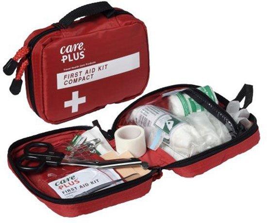 Afbeelding van de compac EHBO doos van het merk Care plus.