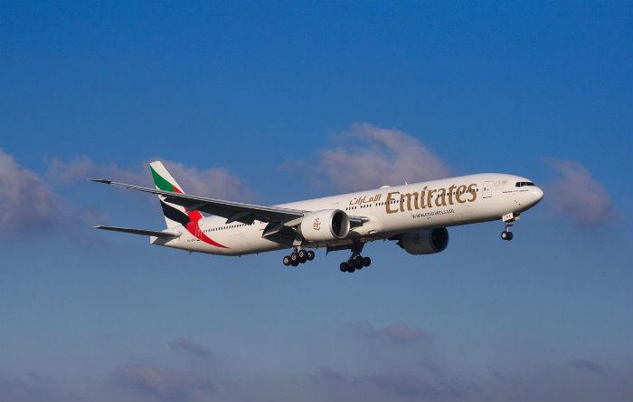 Foto van een vliegtuig van de vliegtuigmaatschappij Emirates.