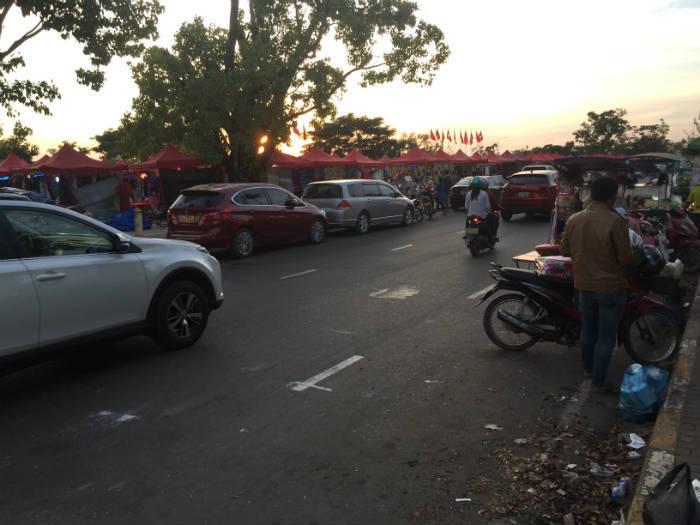 Foto van de Vientiane night market.