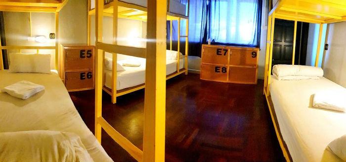 Afbeelding van een slaapzaal in het Your hostel hotel in Krabi.