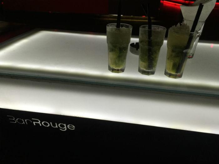 Afbeelding van cocktails bij Bar Rouge in Shanghai.