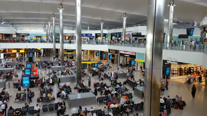 Foto van een van de terminals van Londen Heathrow Airport.